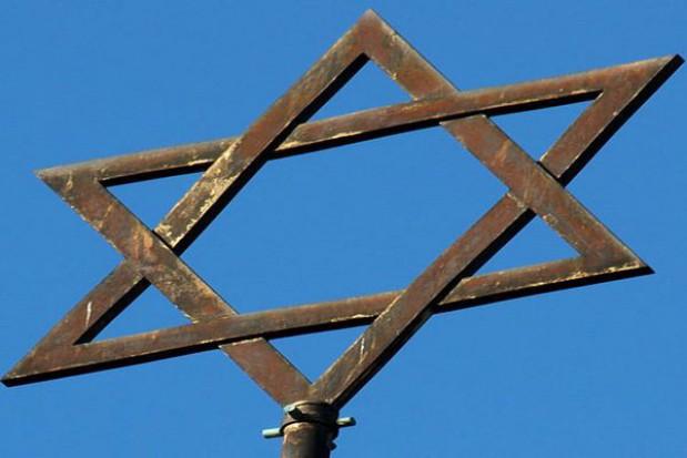W Lesie Łopuchowskim uczczono 71. rocznicę zagłady Żydów