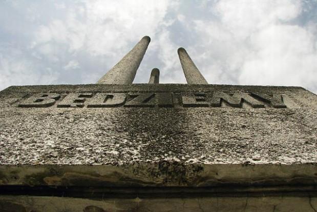 Bronili pomnika w Koszalinie