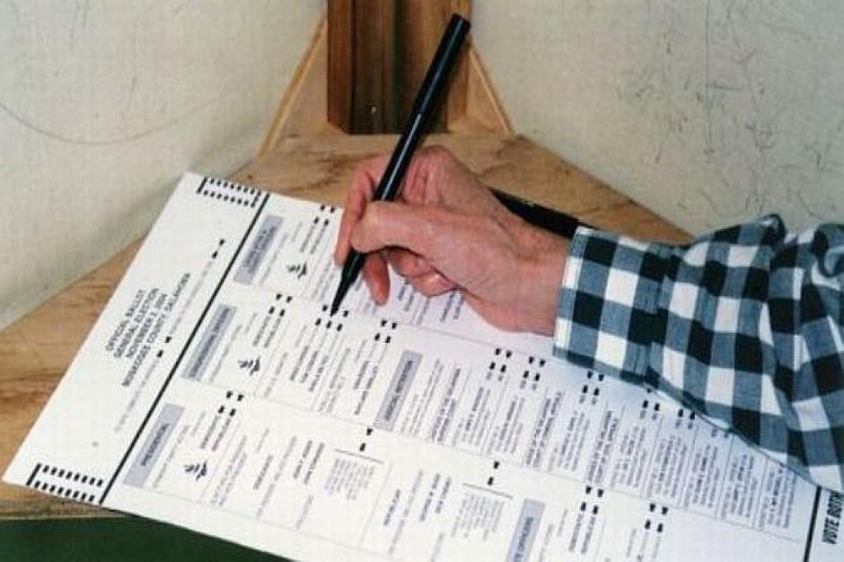 Referendum batem na urzędników