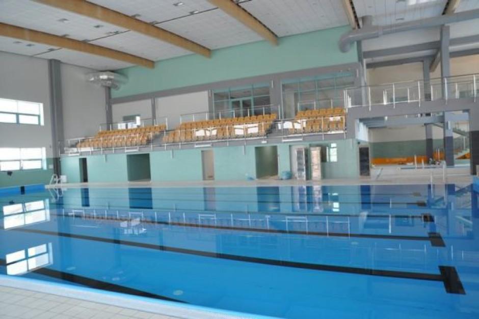Hala i basen w Staszowie prawie gotowe
