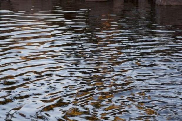 Znaleźli pozostałości mostu na Jezioraku