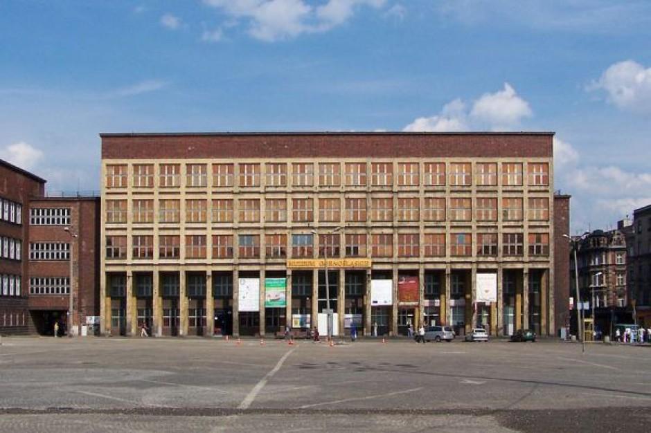 Renowacja sali bytomskiego muzeum