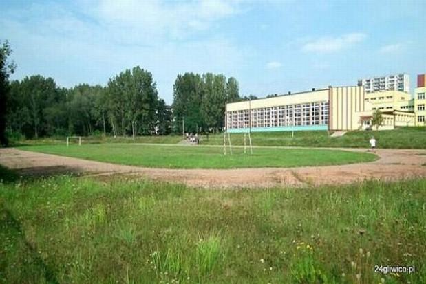 Arena lekkoatletyczna w Gliwicach z opóźnieniem