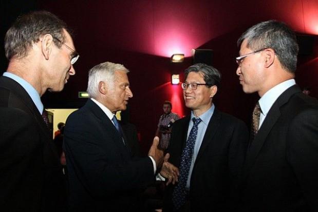 Debatują o techopoliach. Ciepłe słowa w kierunku gospodarzy z Polski