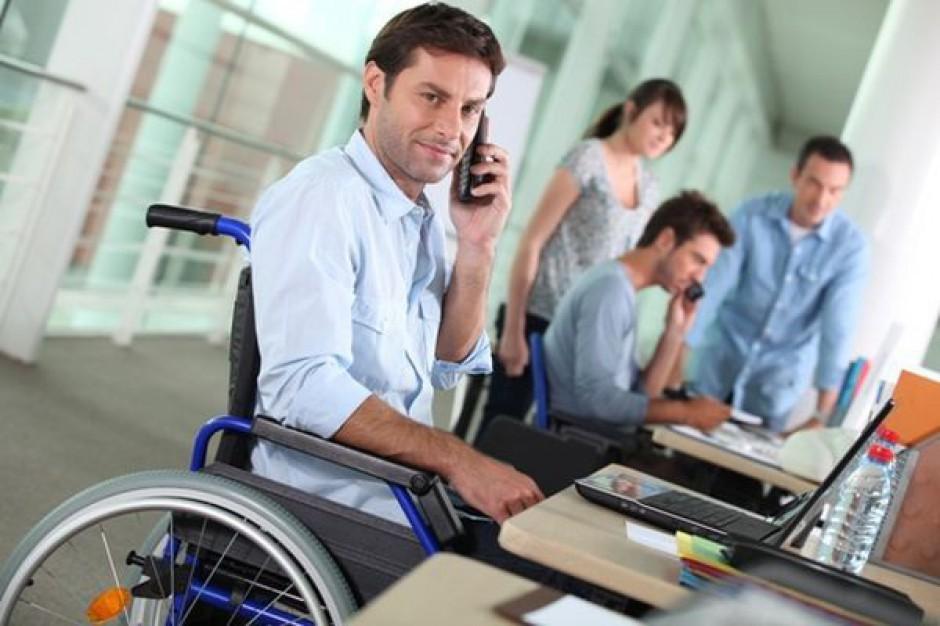 Coraz więcej pracujących niepełnosprawnych