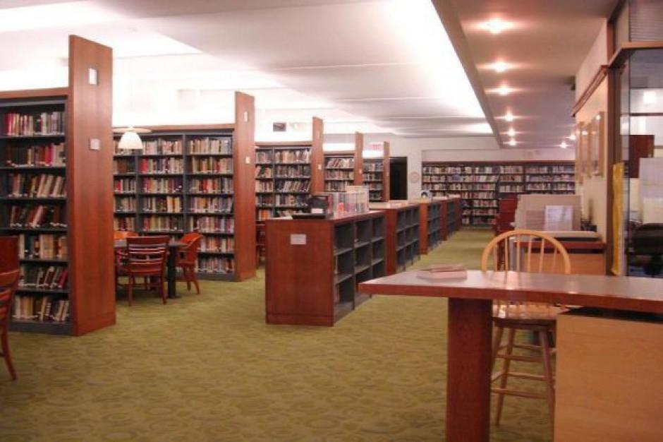 Po co Polakom biblioteki?