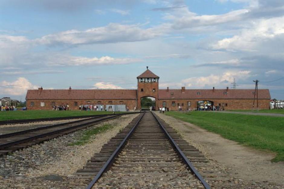 """Podpisali """"Deklarację Pamięci"""" o Auschwitz-Birkenau"""