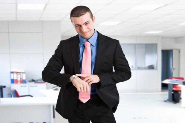 Pracodawcy nie płacą na czas