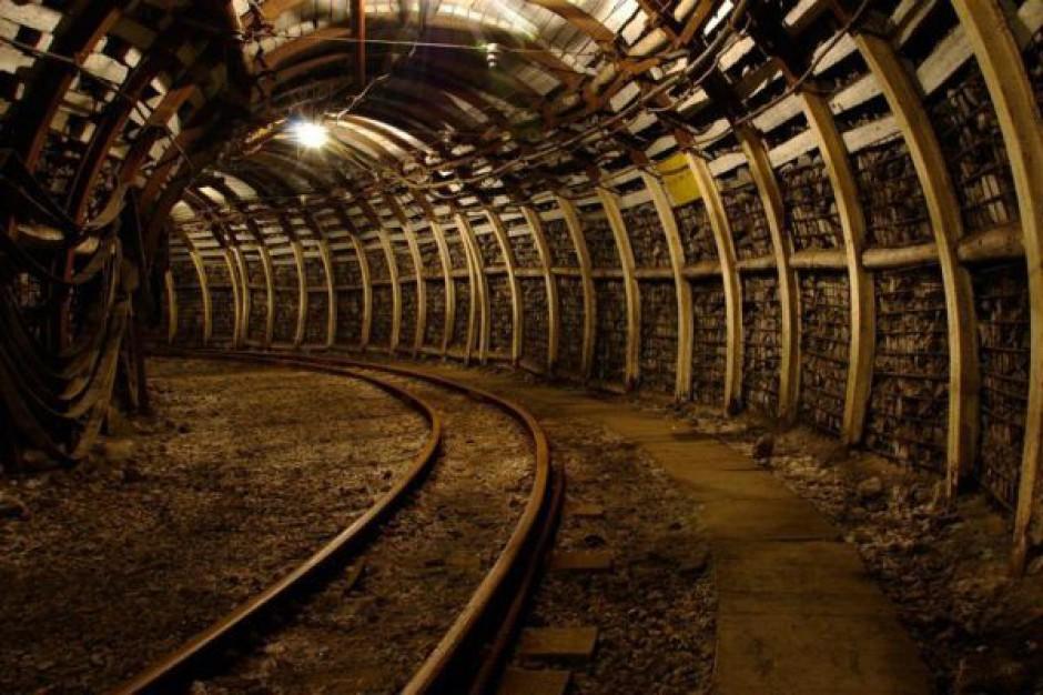 Koszty zalania metra sprawą wykonawcy