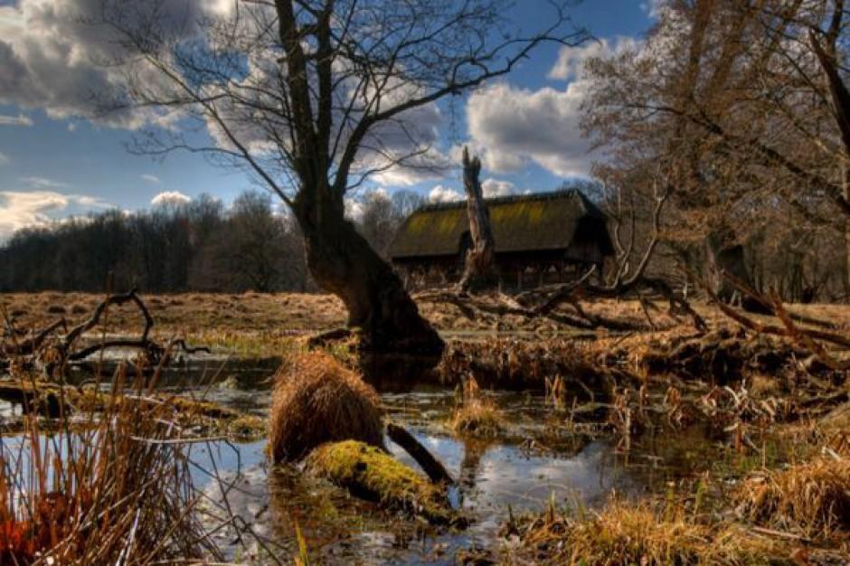 Starostwo wykupuje zalane grunty