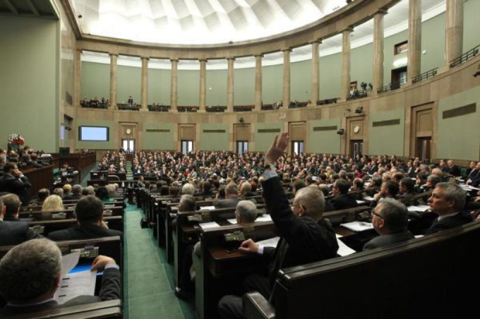 Gaz łupkowy i sądy w listopadzie w Sejmie