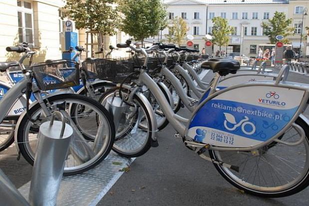 Rowerowa samoobsługa na ulicy