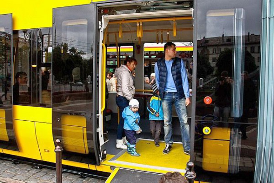 W stolicy wyjechał tramwaj dwukierunkowy