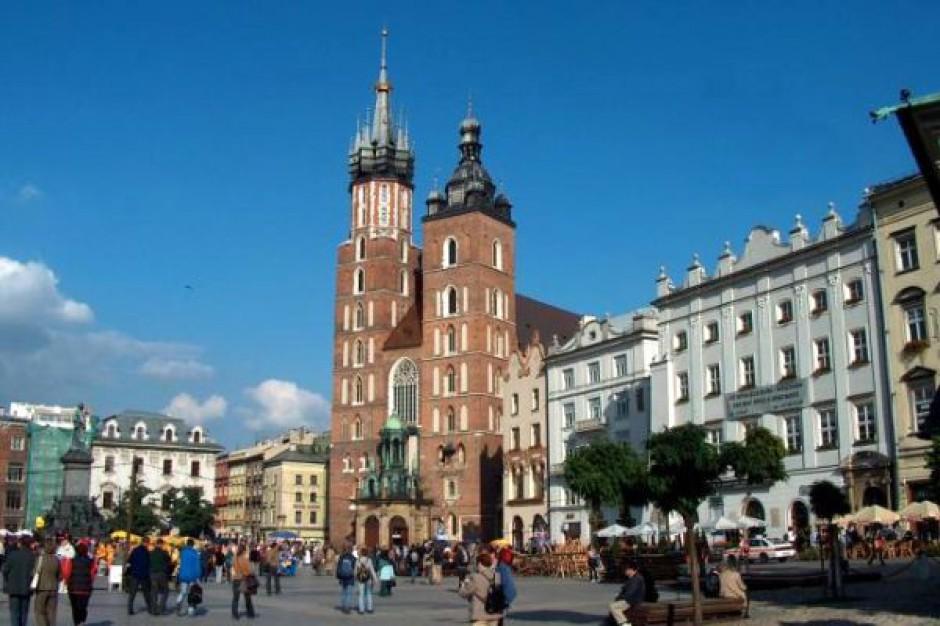 W Krakowie przybędzie 2,1 tys. drzew i krzewów