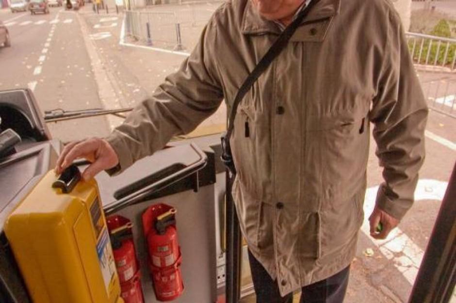 Zmiany w komunikacji miejskiej w związku z meczem Polska-Anglia
