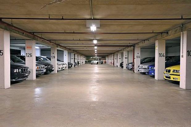 Kolejne miasta zmierzą się z parkingami