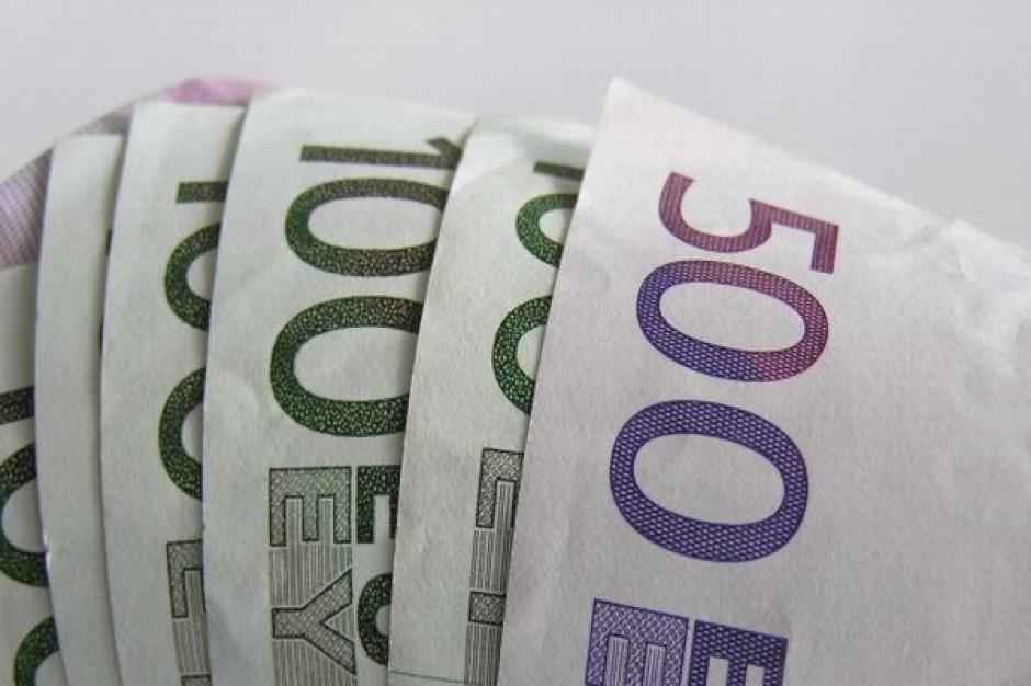 Marnuje się coraz więcej pieniędzy unijnych