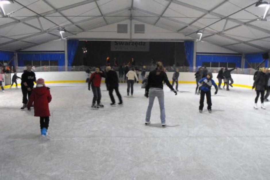 Otwarcie lodowiska w Swarzędzu