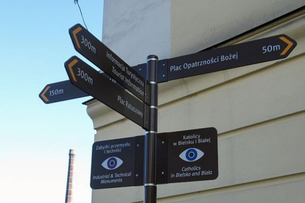 2 tys. nowych tabliczek na bielskich ulicach