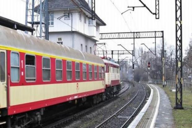 Pasażer musi być informowany o opóźnieniach lub odwołaniach pociągów