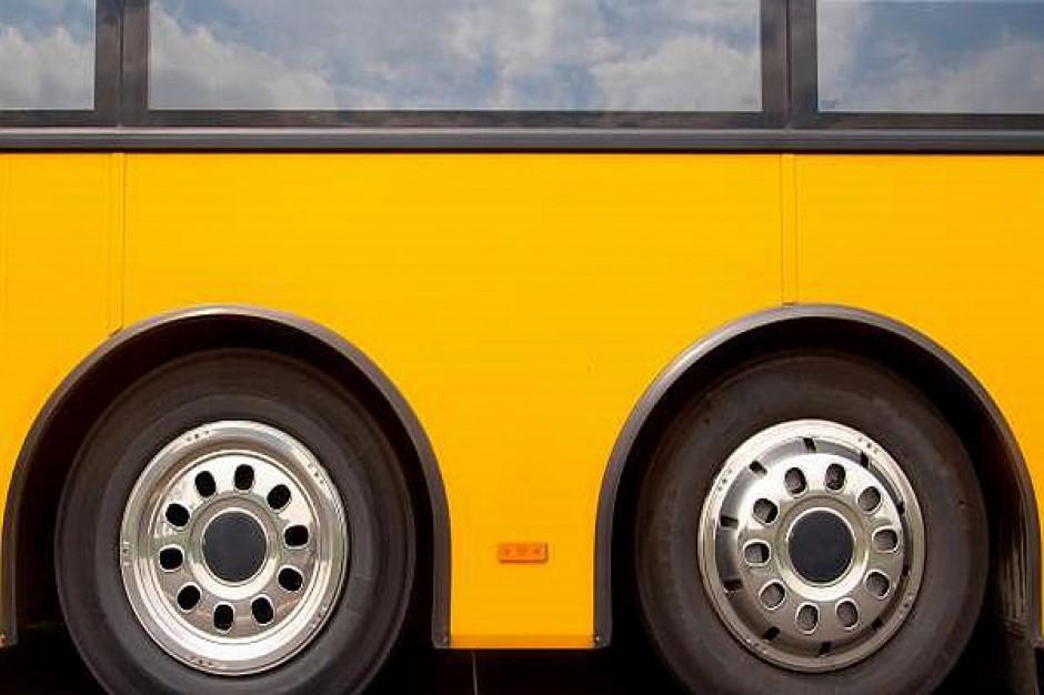 Wypadek autobusu szkolnego