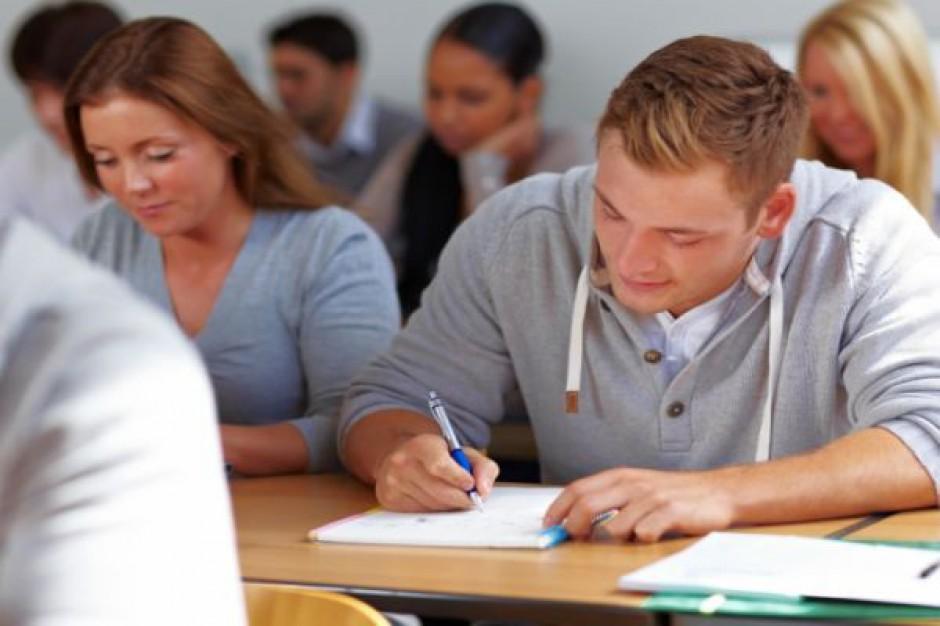 Edukacja seksualna pozwoli uniknąć zagrożeń