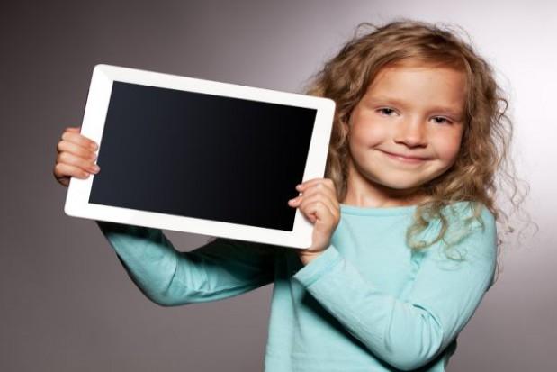 """Realizacja """"Cyfrowej szkoły"""" na półmetku"""