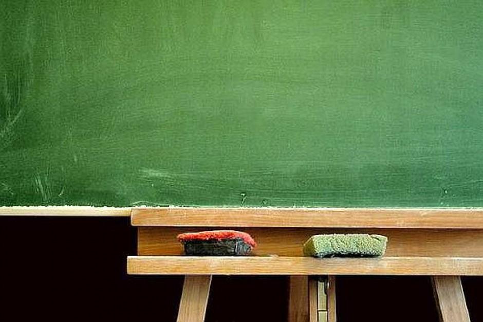 Płyną skargi na nauczycieli