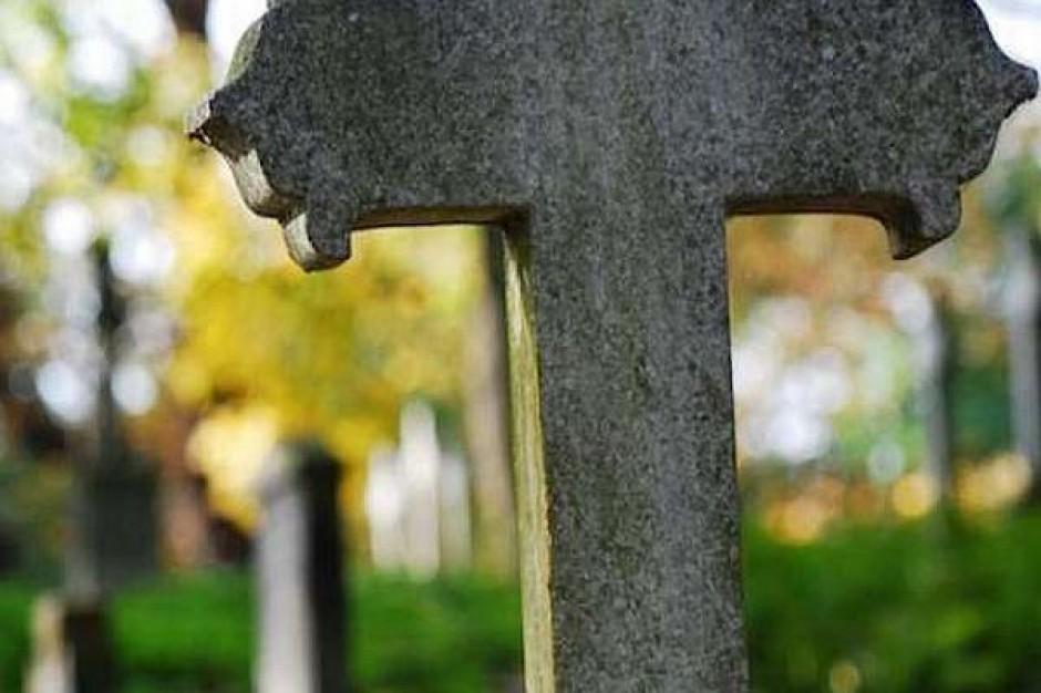 Gmina sprzedała przedwojenny cmentarz