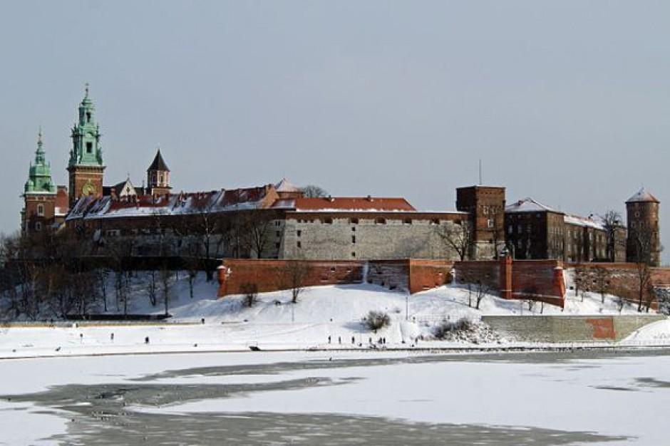 Na brak turystów Kraków narzekać nie może