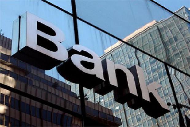 Nowa umowa na obsługę bankową Warszawy