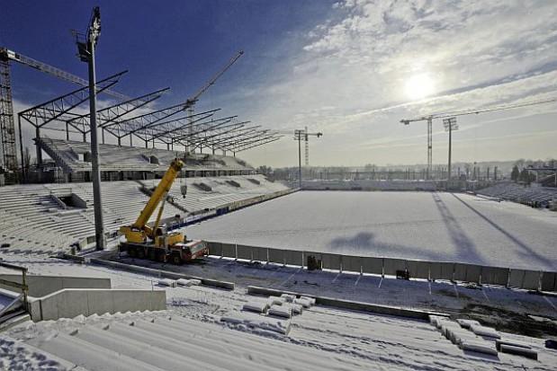 Mariaż sportu i biznesu przy stadionie