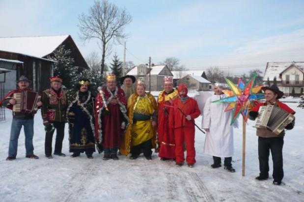 Dawne zwyczaje świąteczne kultywowane wregionach