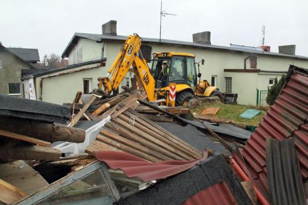 Ruszyły prace rozbiórkowe pod budowę PKM