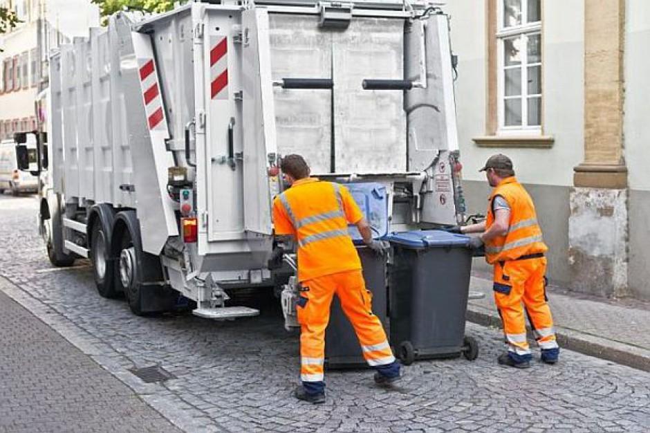 Miasta buntują się w sprawie śmieci