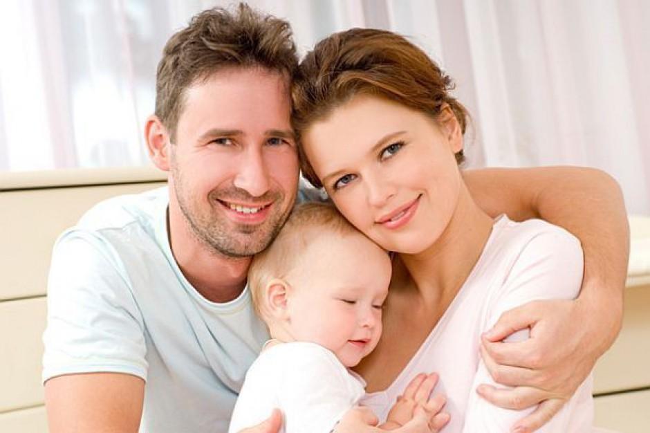 Urlopy dla rodziców wiosną w Sejmie