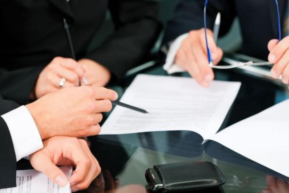 Podział zadań i pieniędzy, czyli zarządzanie sektorem samorządowym