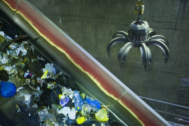 Spółdzielcy: Warszawa może utonąć w śmieciach