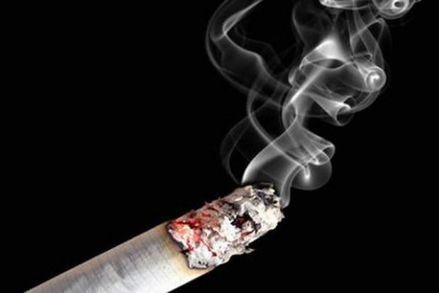 Apel o zakaz palenia papierosów w zatrutych smogiem miastach