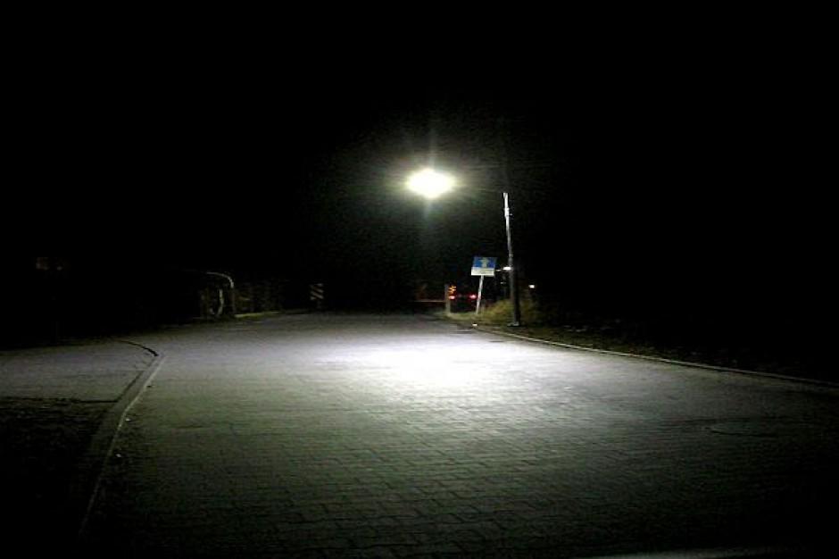 W Szczecinie świecą już lampy solarne