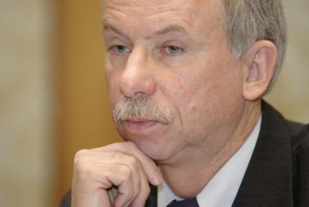 Komisarz Lewandowski umiarkowanym optymistą przed unijnym szczytem