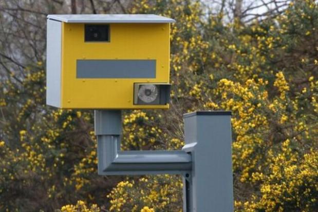 Bezpieczne drogi dzięki fotoradarom