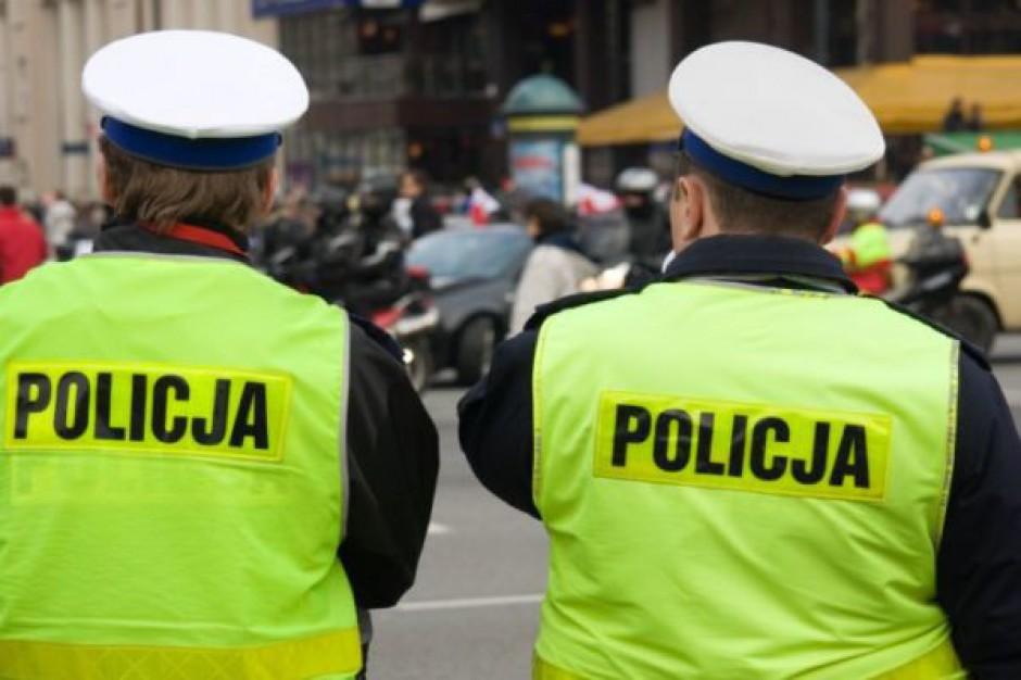 Urzędnicy przyjęli 15,63 mln zł łapówek