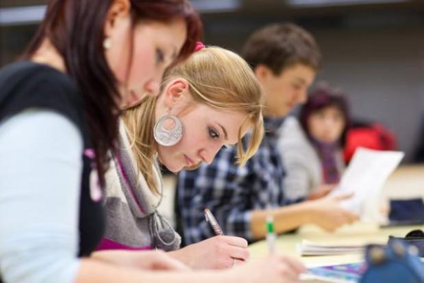 Krakowskie szkoły uratowane od likwidacji