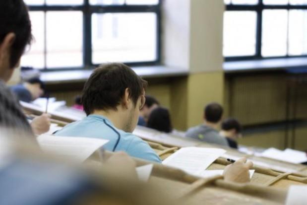 Samorządowi województwa powinien doradzać rzecznik ds. studentów lub rada studencka