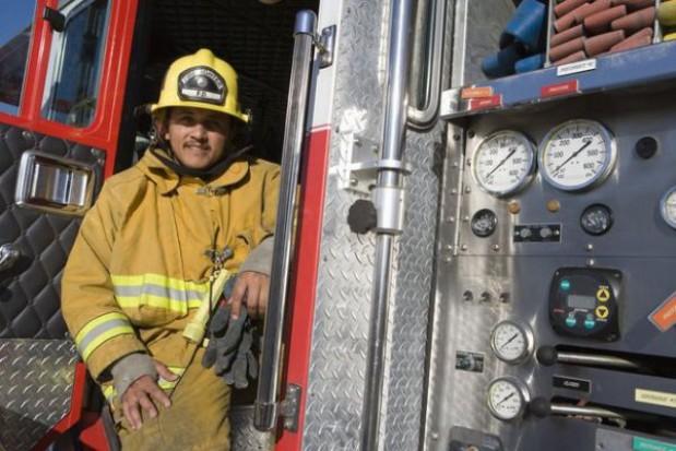 28 samochodów dla dolnoślaskich strażaków