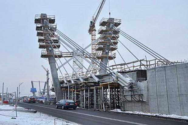 Dłużej będą budować most w Toruniu