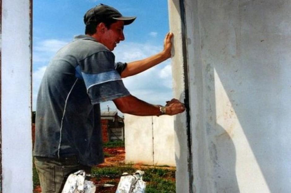 2 mln na aktywizację bezrobotnych dla budownictwa socjalnego