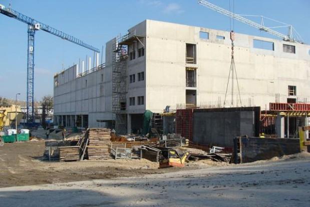 Dokończenie hali w Toruniu zbyt drogie