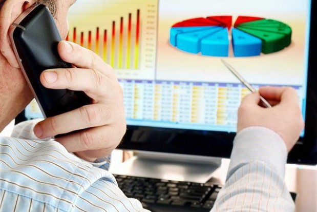 Inwestycje firm większe niż samorządów